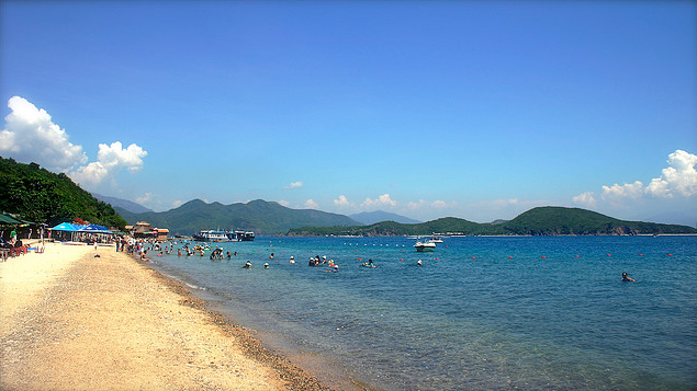 Hon Tam Island Tour